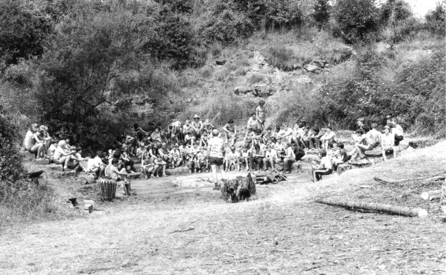 Bild von 1983 Jungschlager an der Feuerstelle